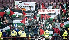 200 Palestine supporters opposing Israeli apartheid